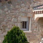façade en pierres naturelles