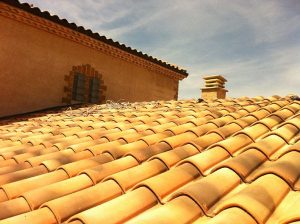 rénovation toiture avec hydrofuge TechnitoitColor incolore