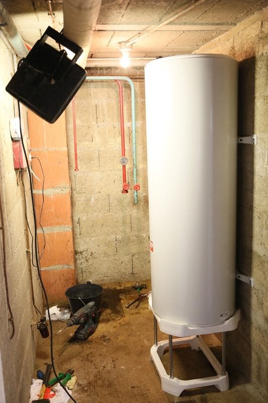 chantier technitoit ercé près liffré pose d'un ballon d'eau chaude