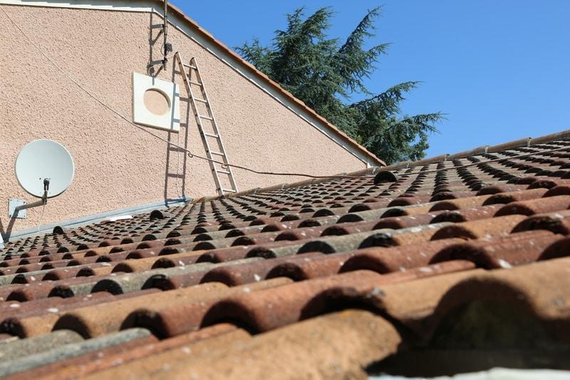 chantier renovation toiture bazoges en paillers (85)