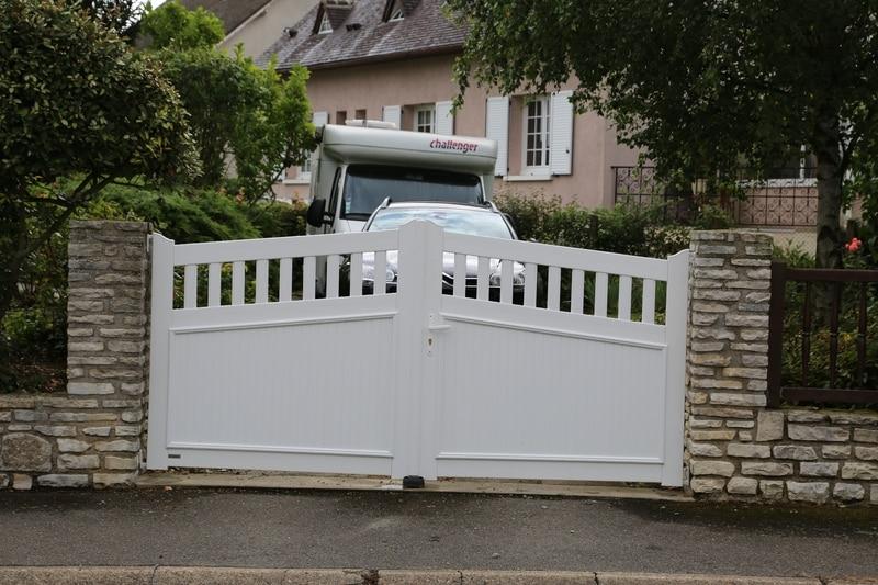 portail arrière chantier technitoit à chartres, 2 portails et une cloture 04