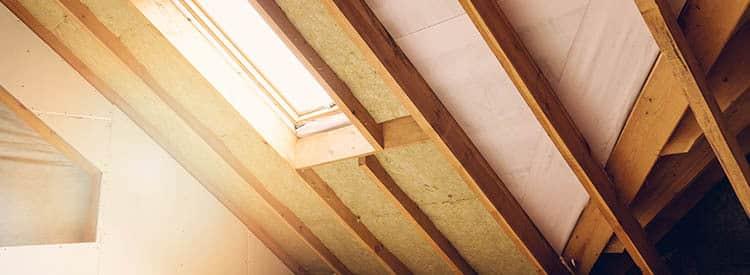 isoler sa maison avec des matériaux naturels