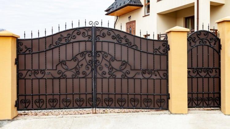 Comment Avoir Un Portail A La Fois Decoratif Et Securitaire