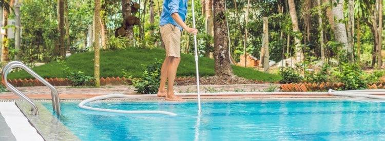 débouchage piscine obstruée