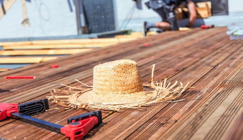 pose de terrasse bois sur plots